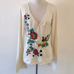Johnny Was Embroidered V Neck T Shirt Size M